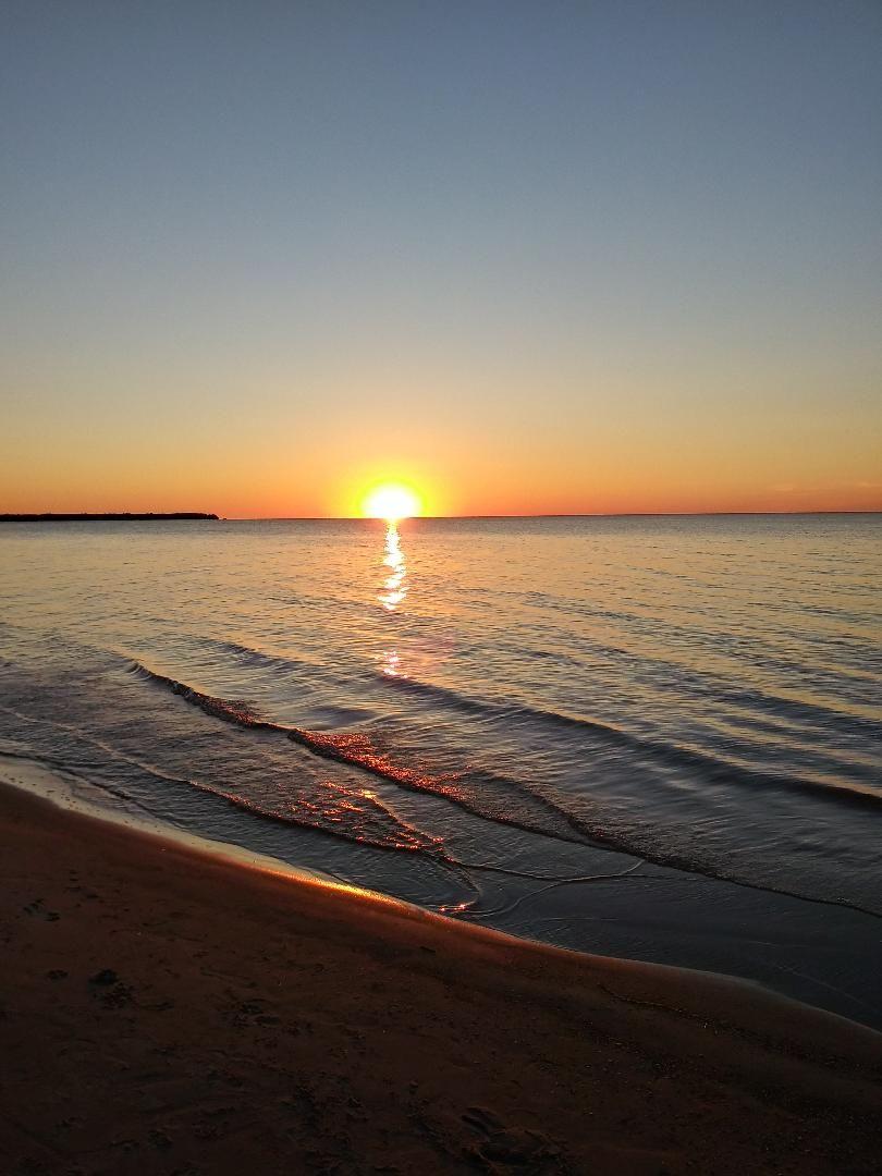 https://s3.amazonaws.com/uploads.bmxmuseum.com/user-images/41004/cresent-sunset-260fb5fd63e.jpg