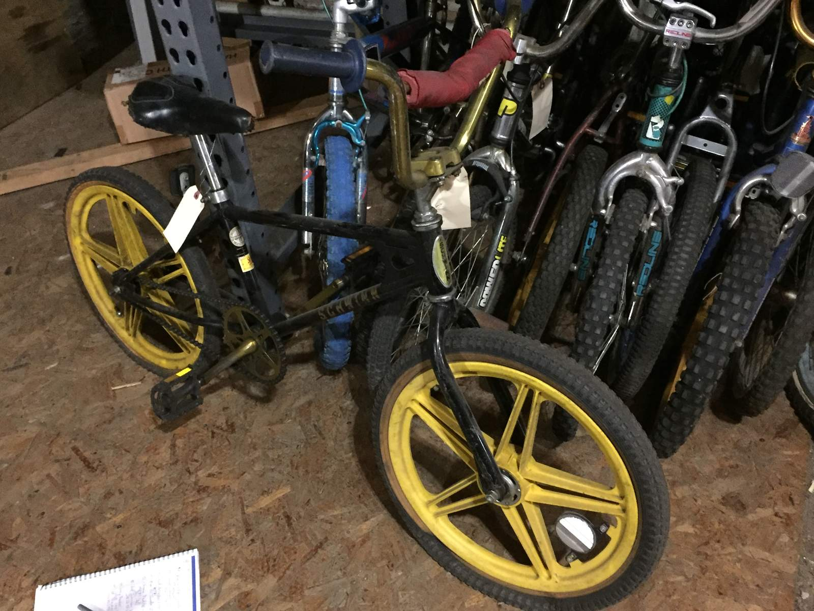 https://s3.amazonaws.com/uploads.bmxmuseum.com/user-images/45011/img_313958e3198976.jpg