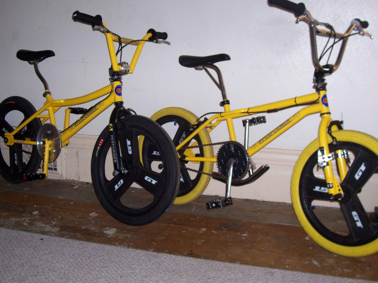 https://s3.amazonaws.com/uploads.bmxmuseum.com/user-images/61851/100_61255812f13567.jpg