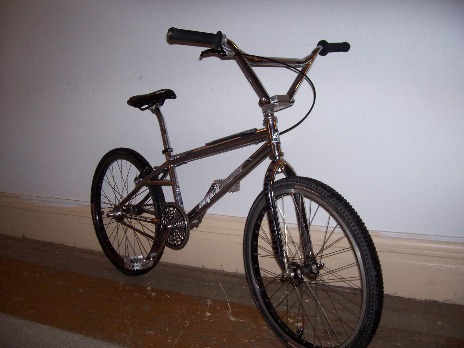 https://s3.amazonaws.com/uploads.bmxmuseum.com/user-images/61851/100_958459a0748e76.jpg