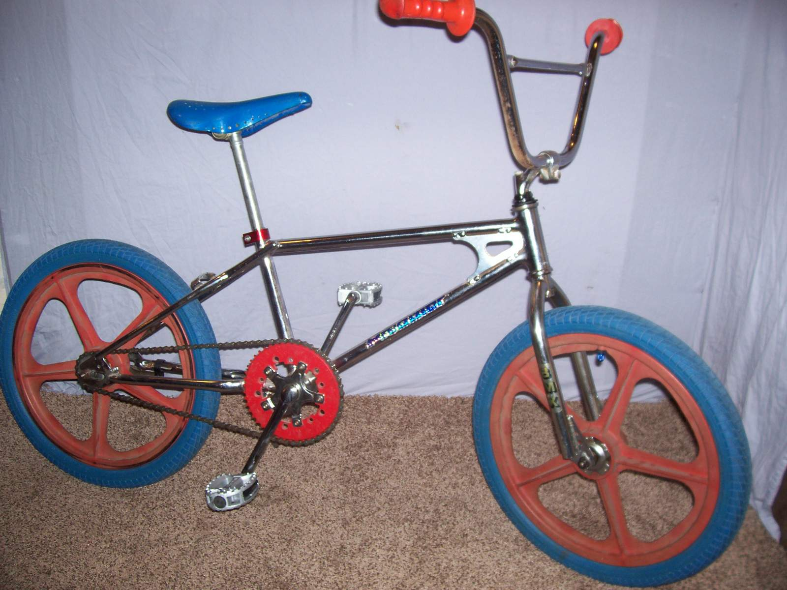 https://s3.amazonaws.com/uploads.bmxmuseum.com/user-images/61851/100_968559a538d6c3.jpg