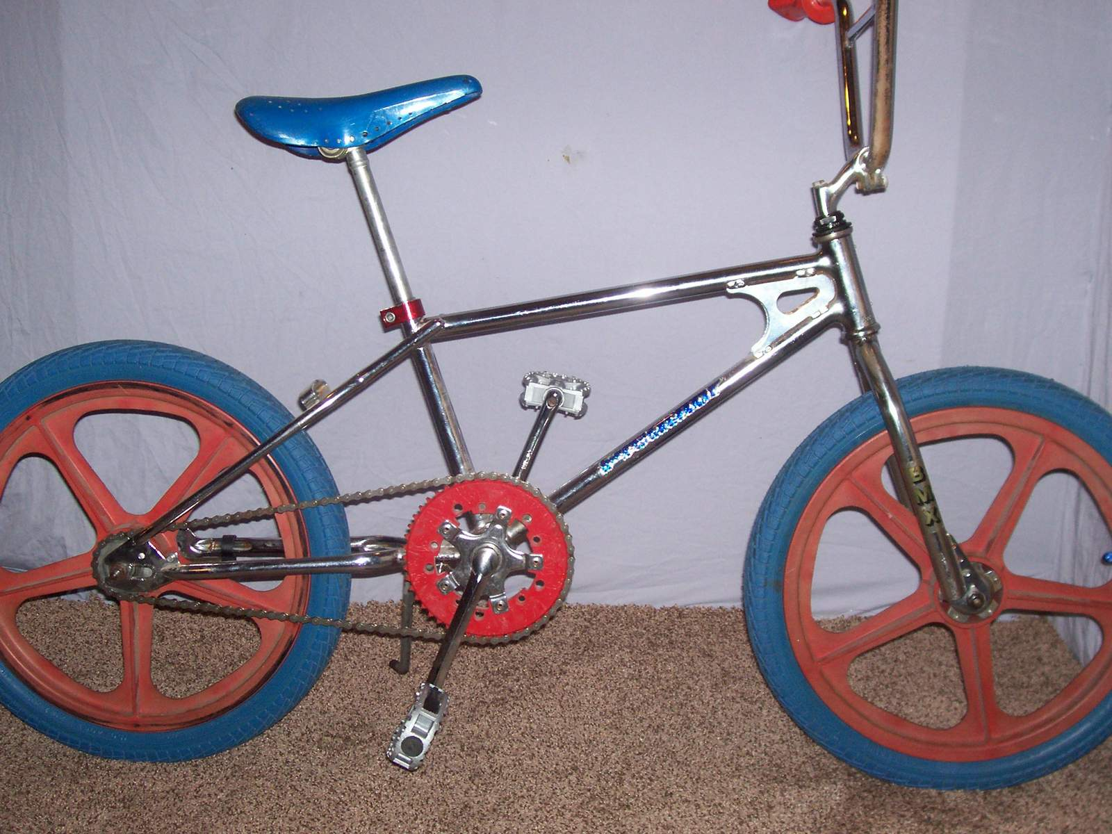 https://s3.amazonaws.com/uploads.bmxmuseum.com/user-images/61851/100_970259a538d444.jpg