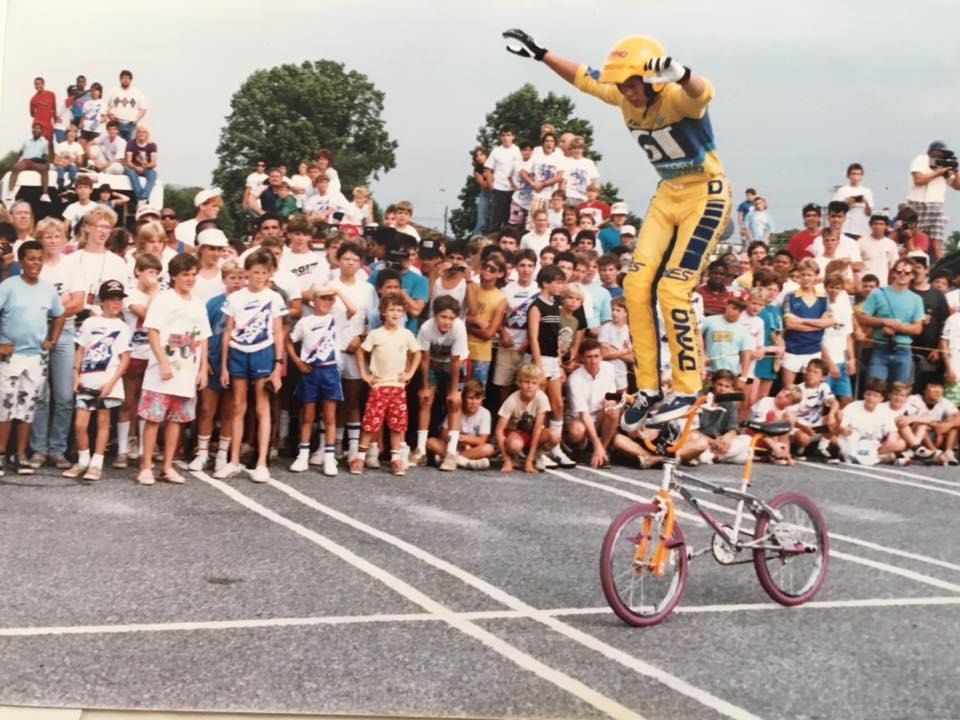 https://s3.amazonaws.com/uploads.bmxmuseum.com/user-images/6845/martin-bar-ride5a9b4ed6dd.jpg