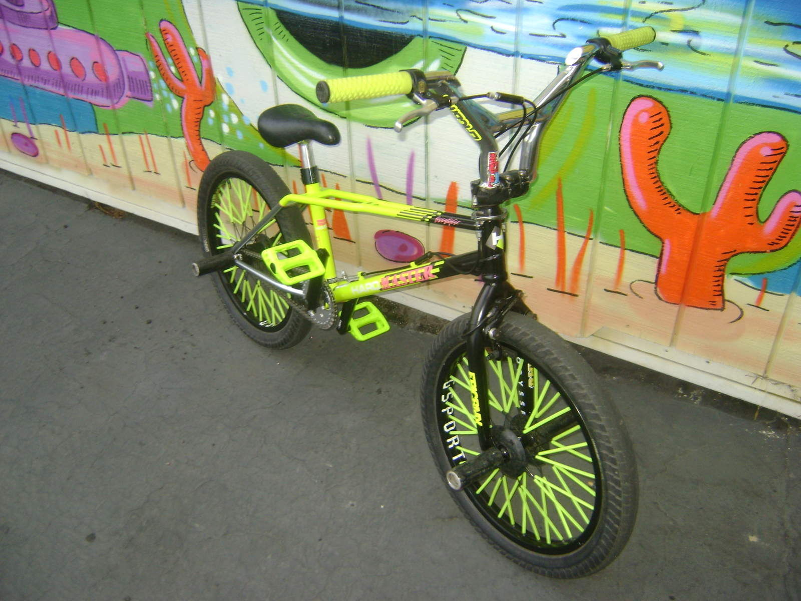 https://s3.amazonaws.com/uploads.bmxmuseum.com/user-images/6905/dsc011915cdadc0838.jpg