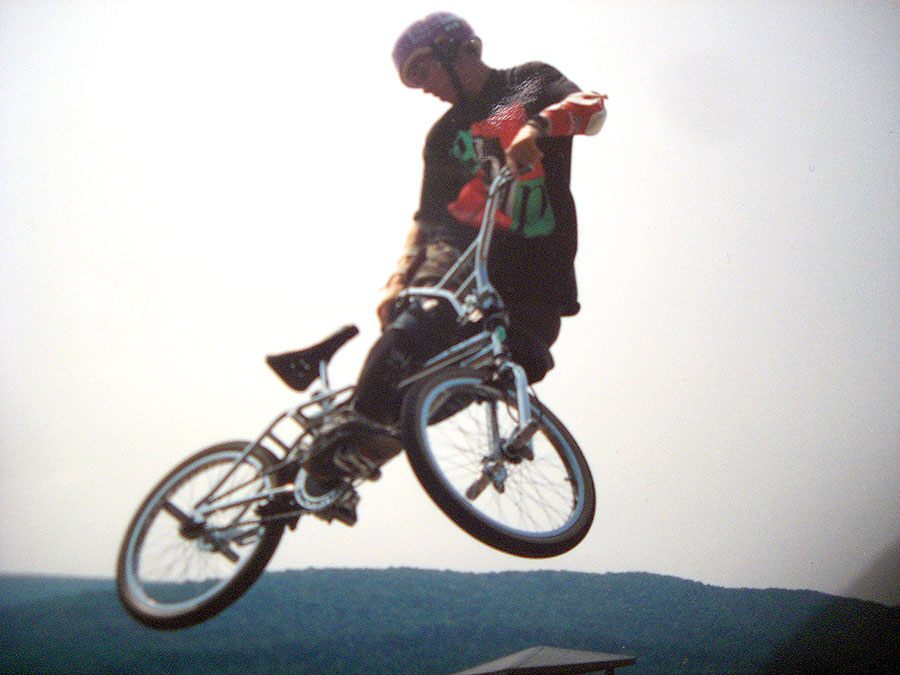 https://s3.amazonaws.com/uploads.bmxmuseum.com/user-images/7439/matt_woodward258368f86ac.jpg