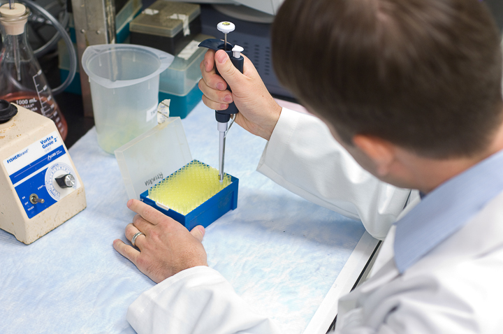Tissue typing clinical scientists