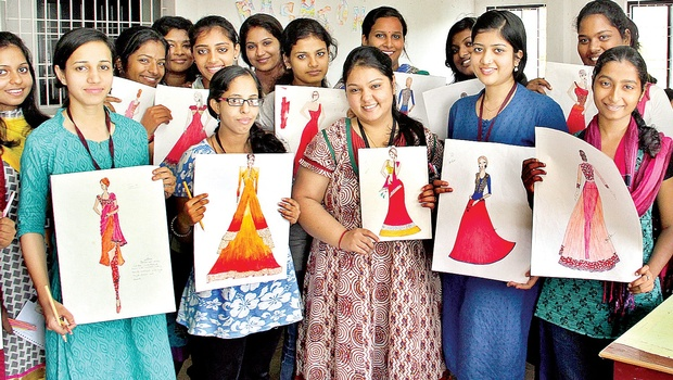 Top Fashion Designing Colleges in India - Ranks, Fees, Cut-off