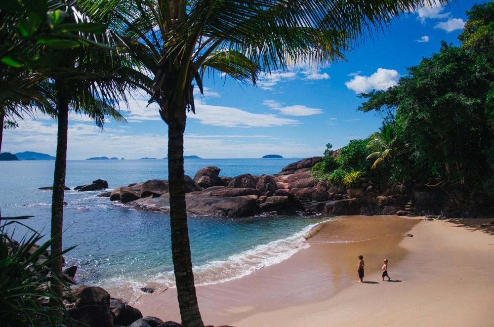 ensaio fotográfico em ubatuba, prainha do félix, praia do português