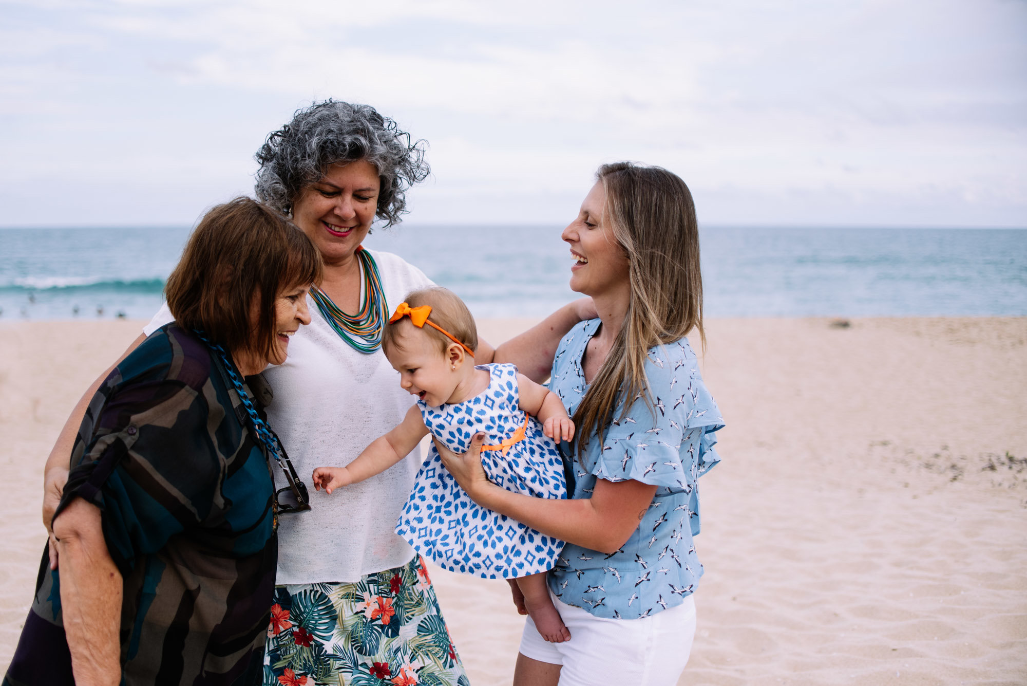 bisa, vó, mãe e neta