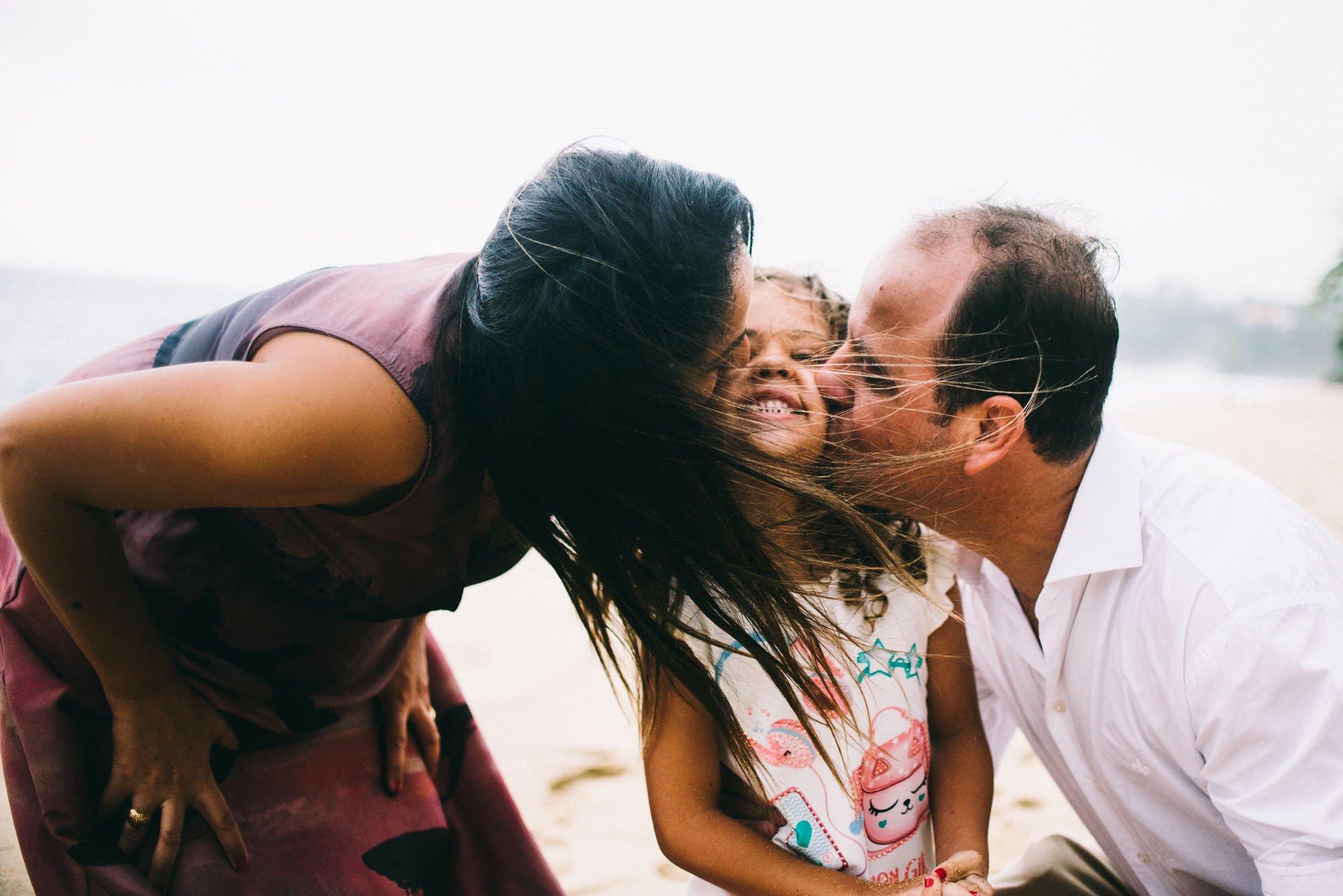 beijo de pai e mãe