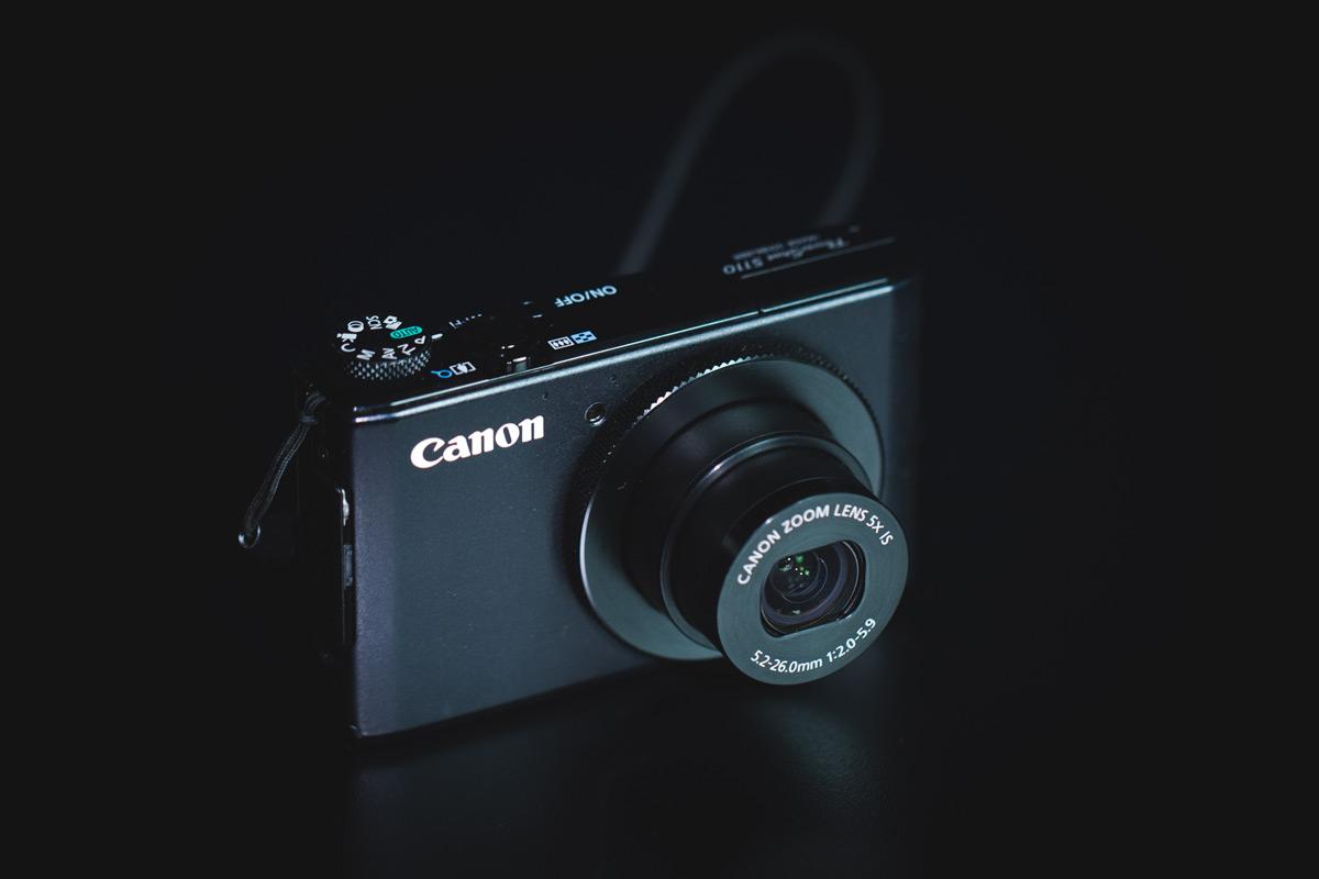 foto de câmera compacta