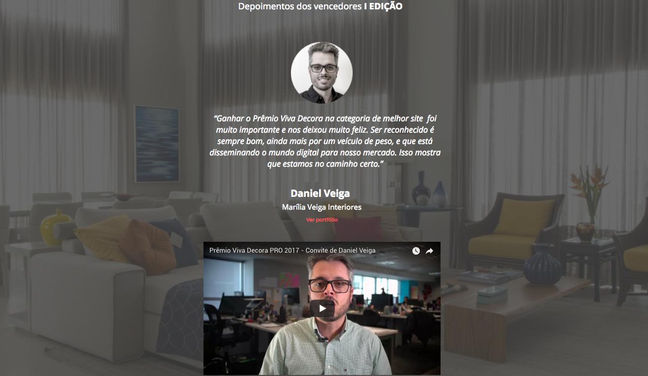 elementos de um site: imagem de um depoimento em vídeo de um cliente real da viva decora