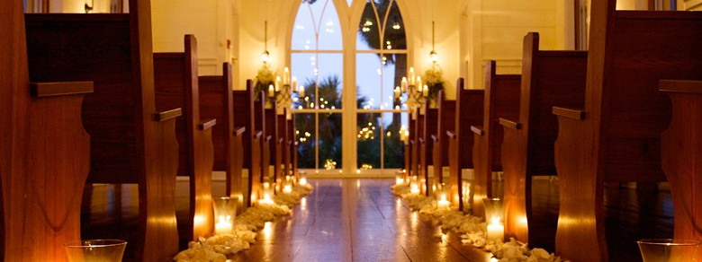 Montage Palmetto Bluff Candle Lit Wedding Pews