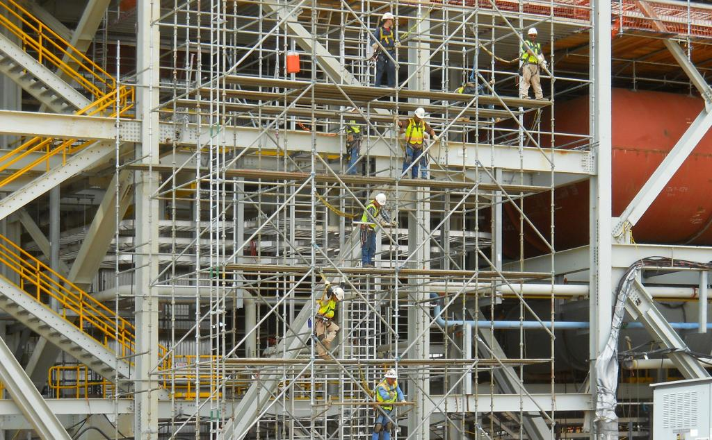 Scaffolding Commercial Performance Contracting Inc