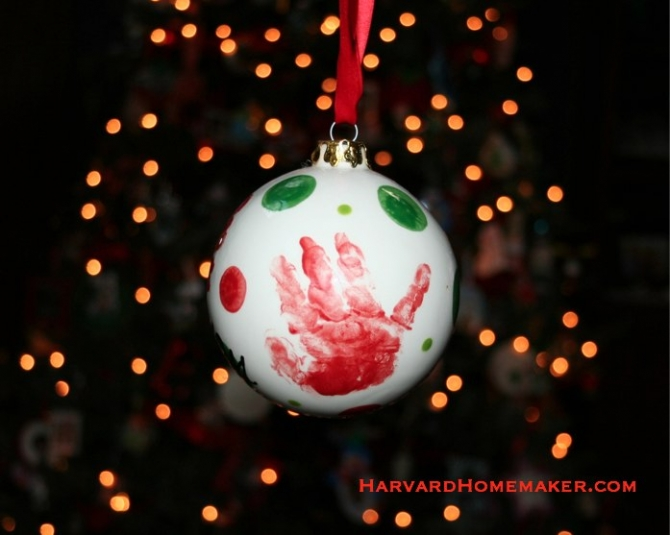 17 ways your ornaments can bring meaning to your tree harvard use handprints footprints to create special keepsakes solutioingenieria Images