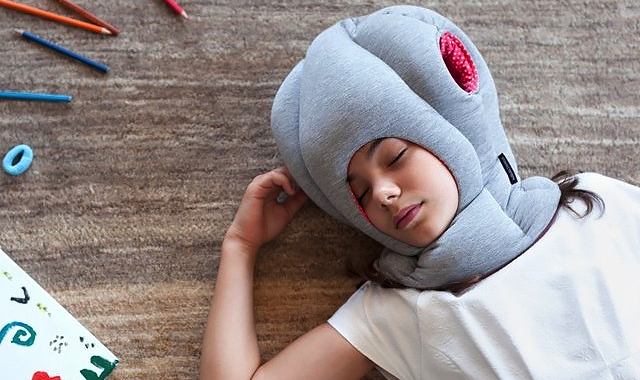 the-gadget-flow-Ostrich-PIllow-Junior