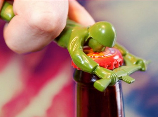 the-gadget-flow-army-man-bottle-opener