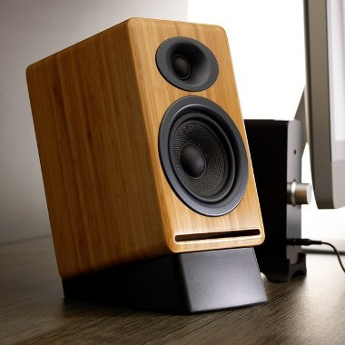 Passive-Bamboo-Bookshelf-Speakers-From-Audioengine-the-gadget-flow