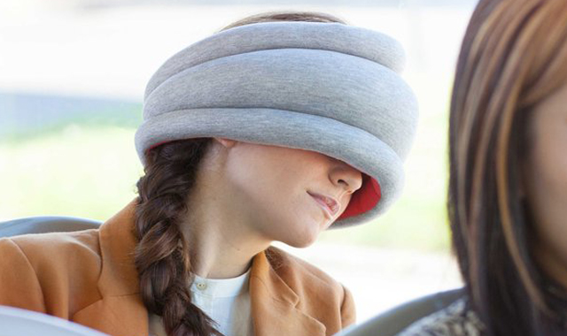 Ostrich-Pillow-Light-TheGadgetFlow