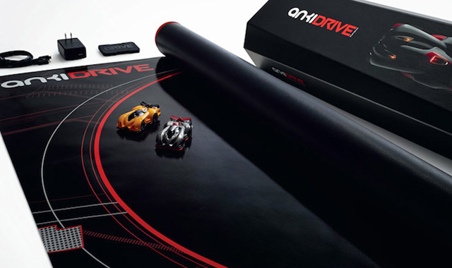 Anki-DRIVE-Starter-Kit-TheGadgetFlow
