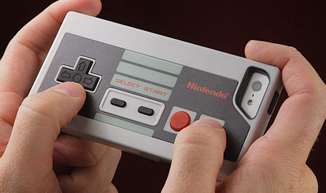 Nintendo-NES-Controller-Case-for-iPhone-The-Gadget-Flow