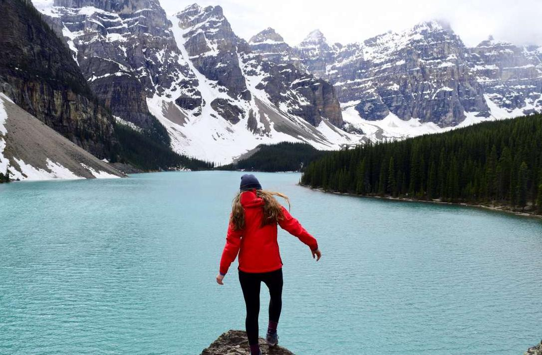 High school student explore Banff on their summer teen tour to Canada.