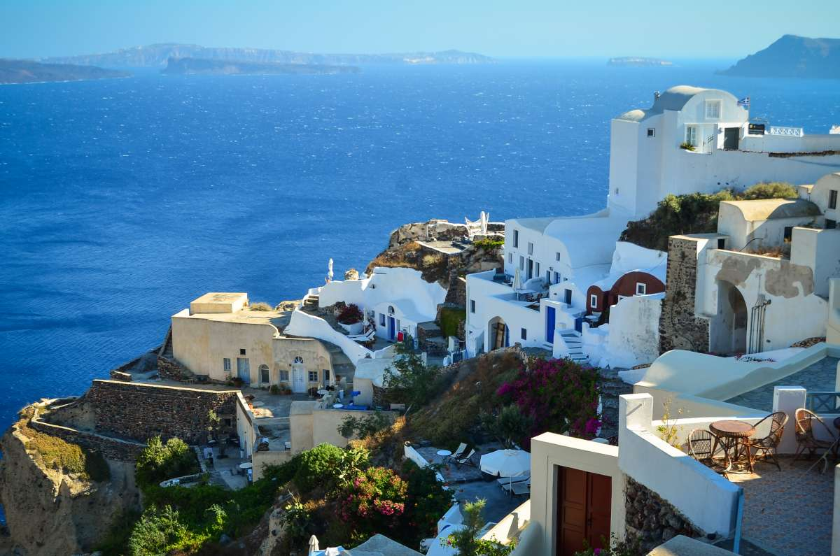 Teen captures the dramatic scenery in Santorini on their summer teen tour to Greece.