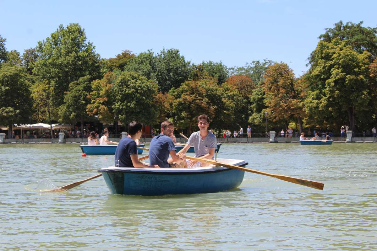 Teenage travelers in Madrid Retiro Park during summer Spanish language immersion program