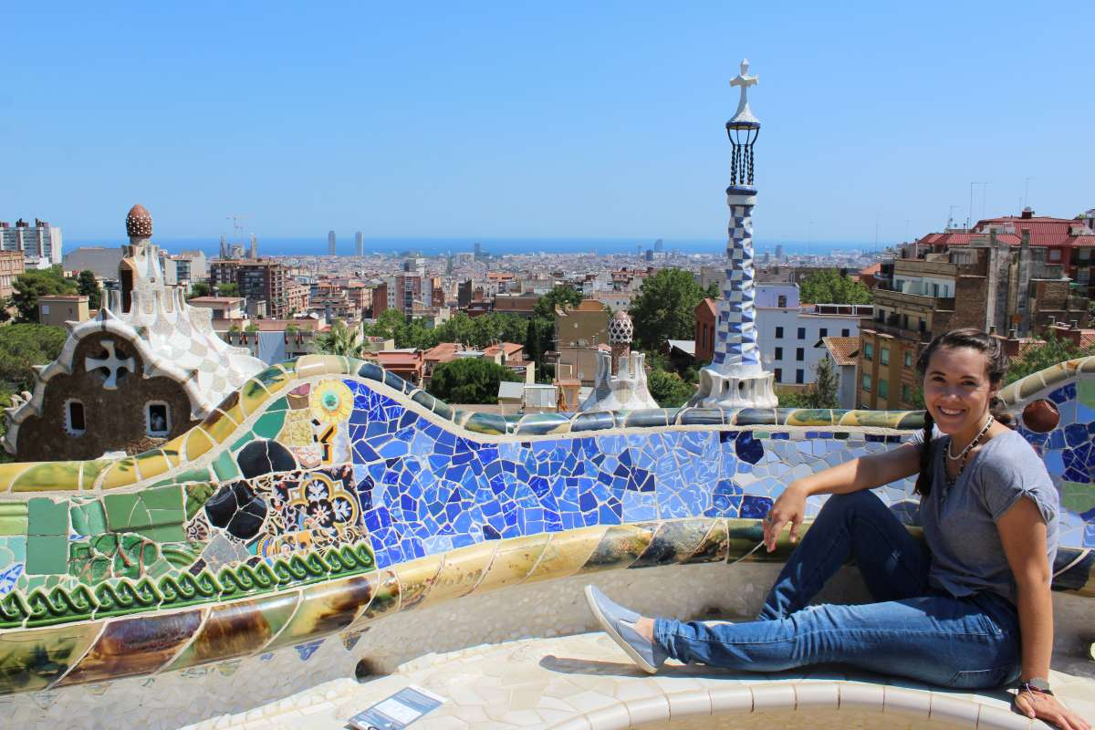 Teenage traveler explores Barcelona on summer youth program in Spain
