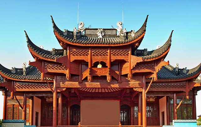 Teen traveler captures a traditional Chinese temple on their high school summer program to China.