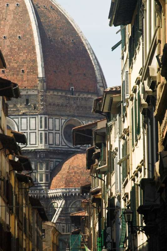 Teens discover Florence on their summer travel tour of Italy.