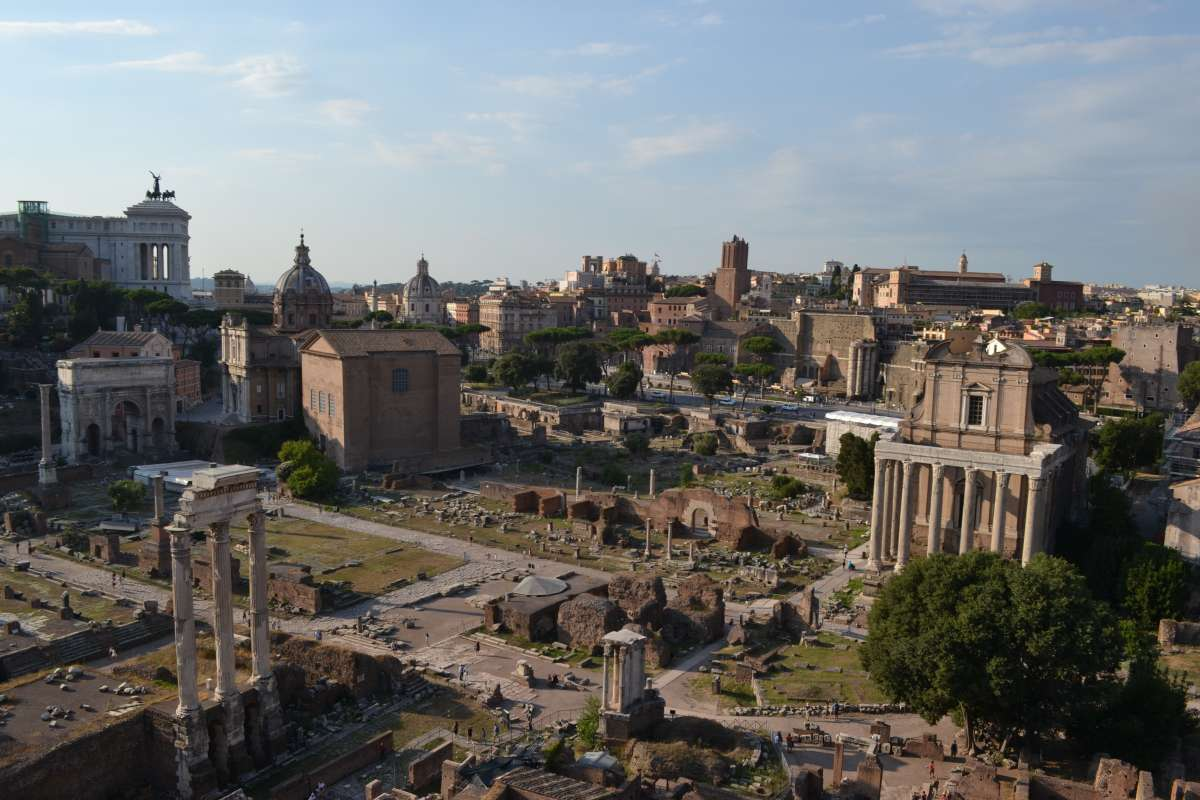 Students explore Palatine Hill on their teen travel program in Rome, Italy.