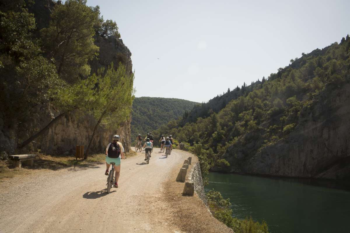 Teenage travelers bike through Croatia on summer adventure travel program