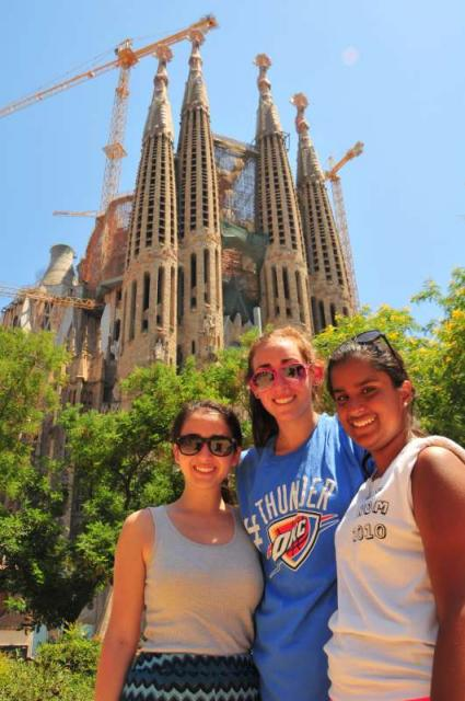 Teens explore Sagrada Familia in Barcelona on summer travel program