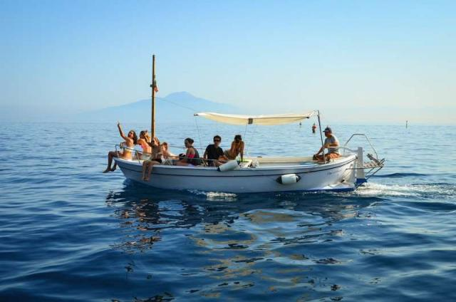 High school students enjoy the Amalfi Coast on their summer teen tour to Italy.