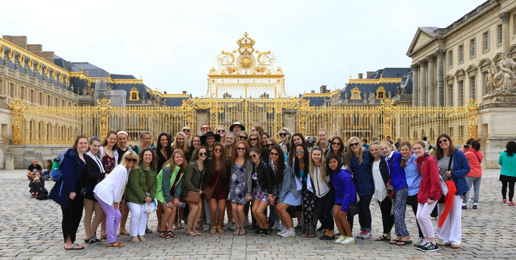 Teen Tour Paris France Versailles