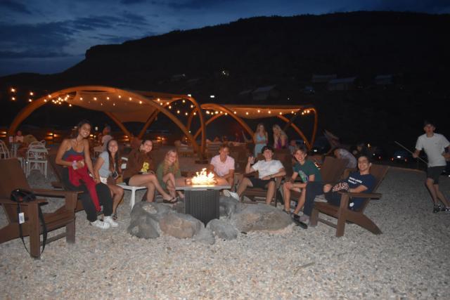 night campfire hangout