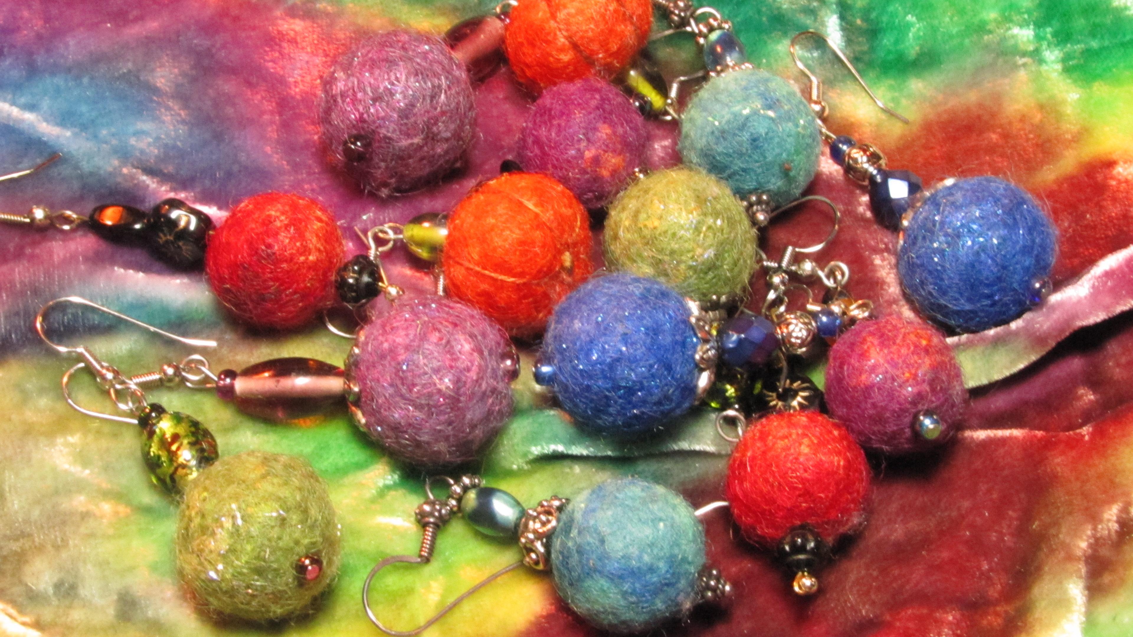 Wool Bead Earrings with Vicki Clontz