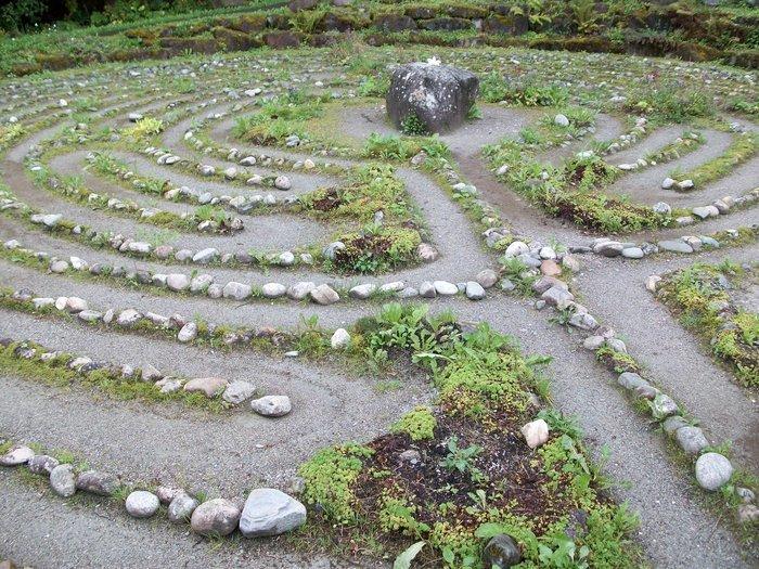 Sp 20180526 labyrinth grundman