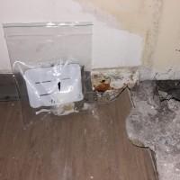 Insinööritoimisto K. Parila Oy - asbesti muovimatto keittiössä.jpg