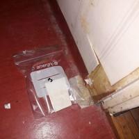 Insinööritoimisto K. Parila Oy - asbesti vessa muovimatossa asbestia punainen muovimatto.jpg