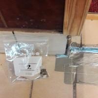 Insinööritoimisto K. Parila Oy - laatoituksen alla vanha laatoitus saumauslaasti asbestipitoinen.jpg