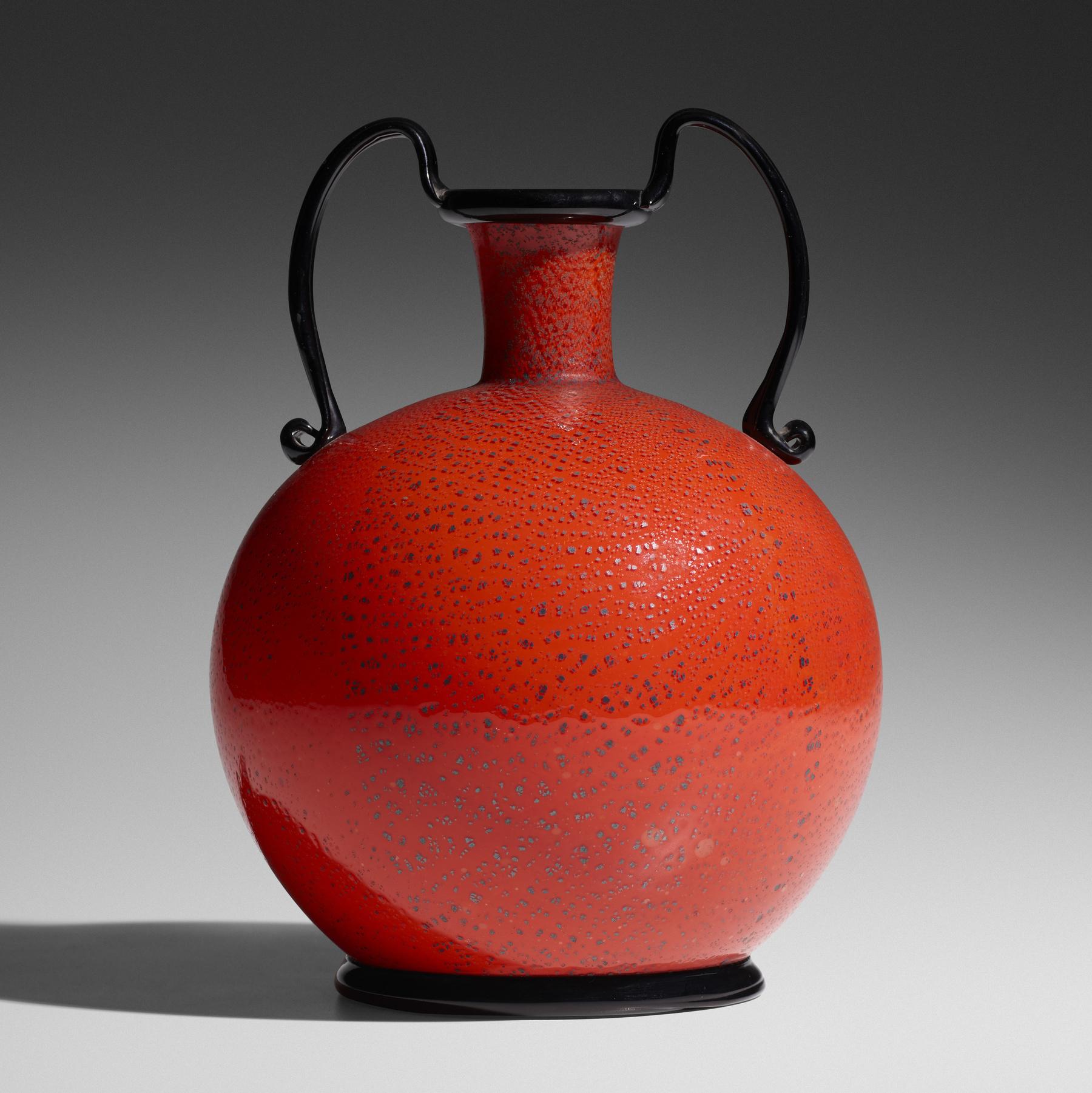 136 1 Important Italian Glass April 2020 Zecchin Martinuzzi Rosso E Nero Vase Wright Auction