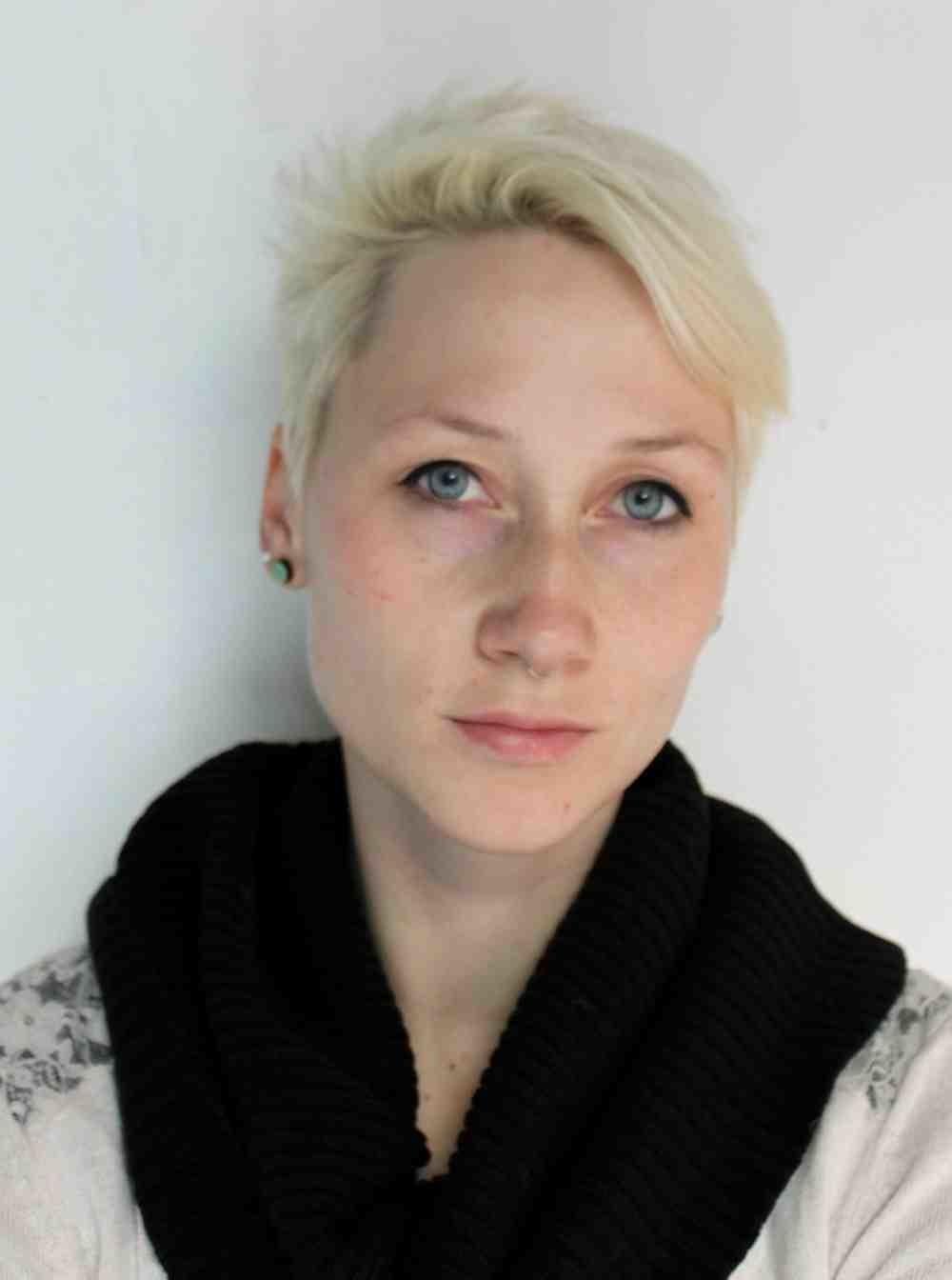 Portrait Anna Mlasowsky