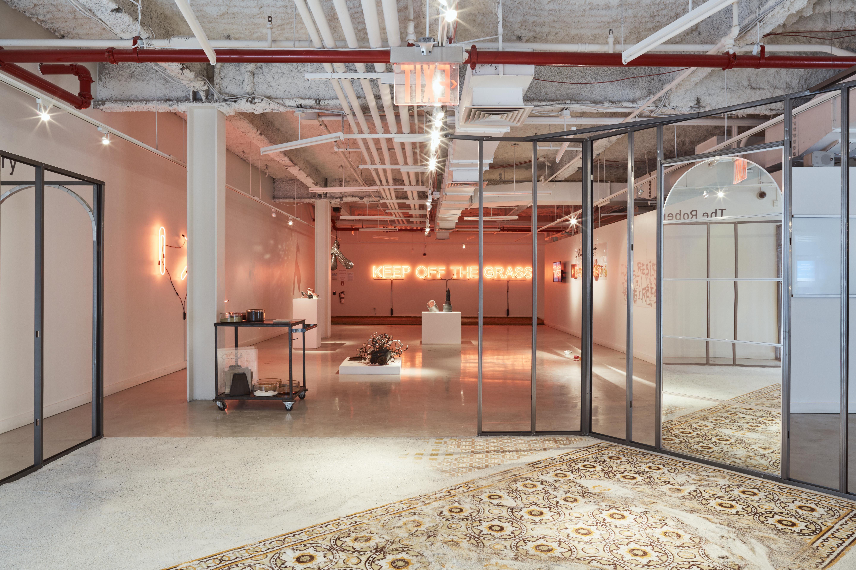 Fresh Masters: The UrbanGlass MFA Exhibition (2019)