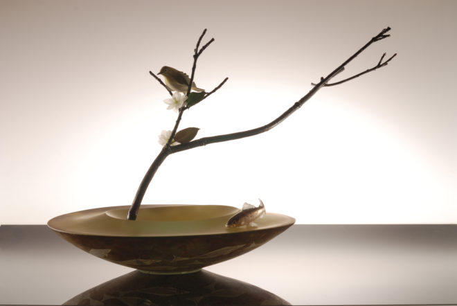 Hiroshi Yamano From East To West Scene Of Japan Fs 159 2012 Blown Sculpted Glass Silver Leaf Engraving Copper Plating 5X10X9