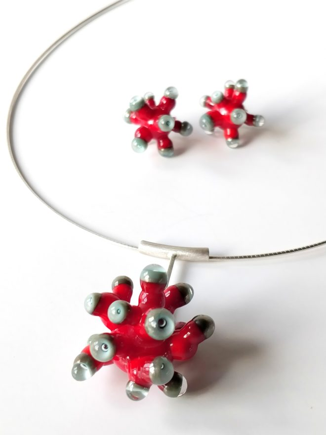 Red and Grey Anemone Earrings and Pendant by Cecilia Lopez-Bravo