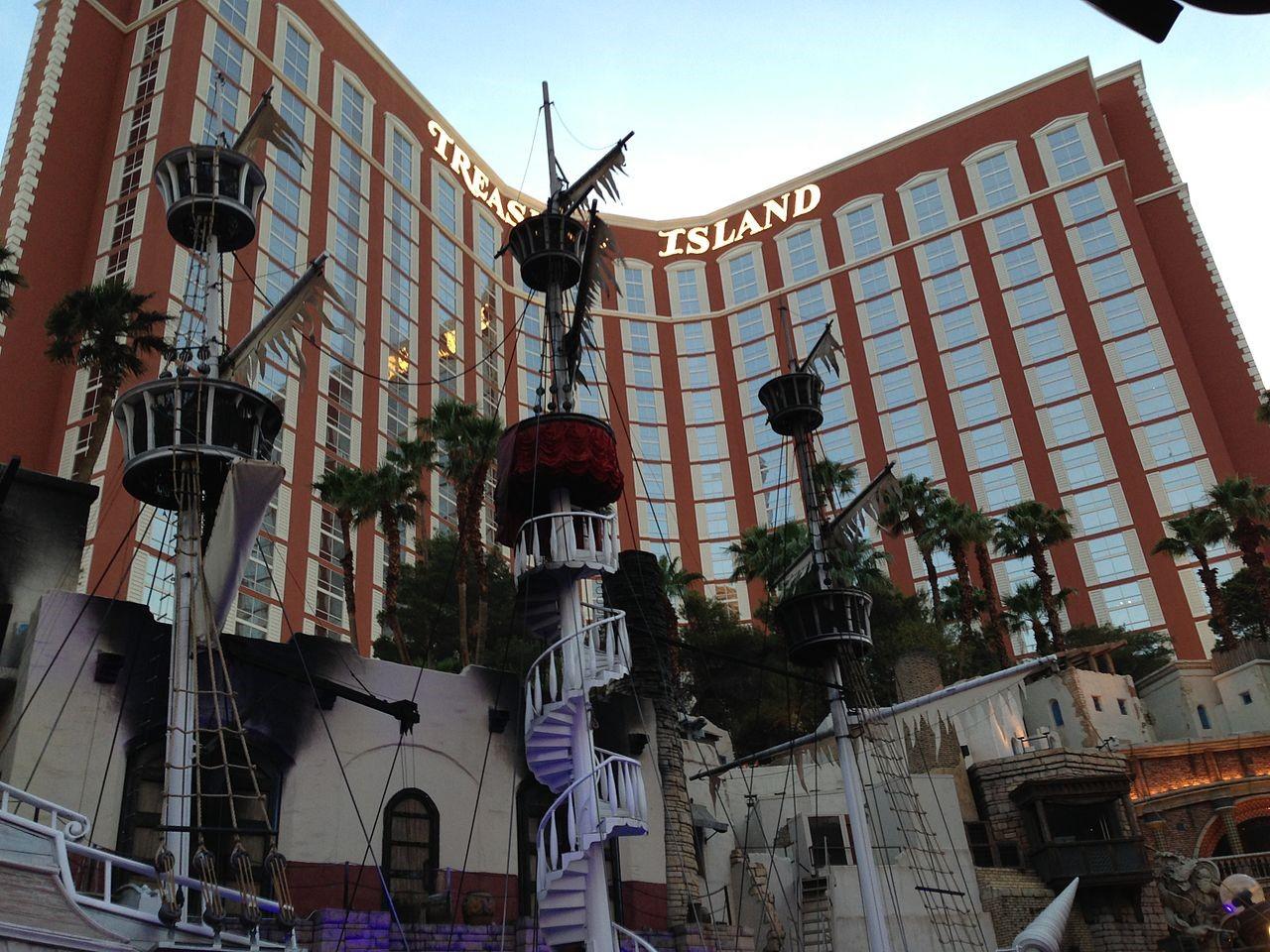 Vip Casino Host For Comps At Treasure Island Ti Hotel Casino A Radisson Hotel Nevada