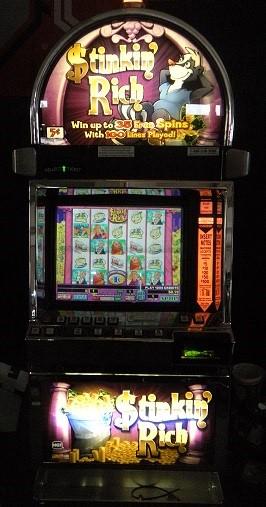 Rich Reels Slot Machine