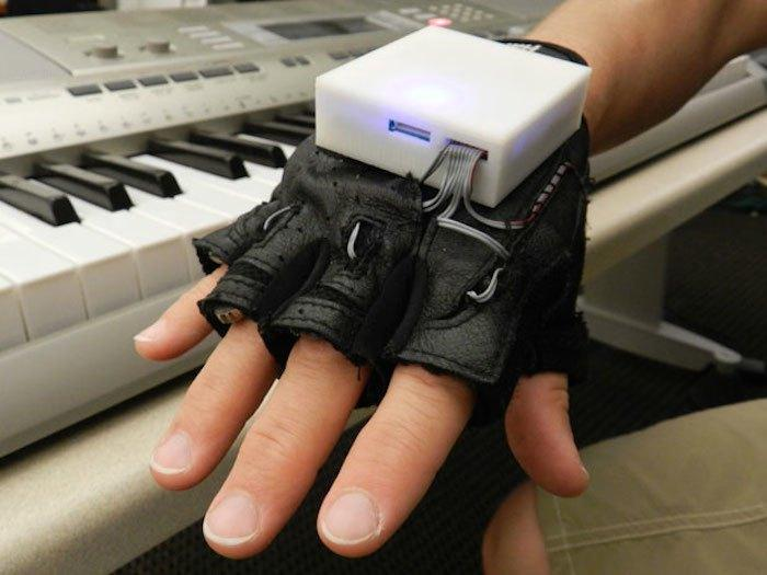 The Glove That Can Make You Play Like Mozart